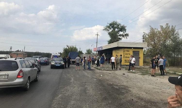 Взяли под стражу водителя, въехавшего в автобусную остановку