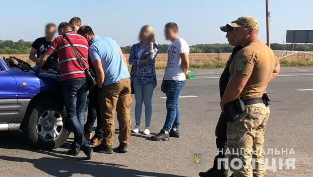 В Изюмском районе полицейские изъяли у мужчины оружие и боеприпасы