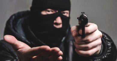 Харьковские рэкетиры вымогали деньги за украденный урожай подсолнечника