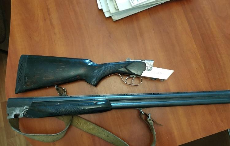 В Балаклейском районе жители сдали 4 охотничьих ружья, 31 боеприпас, 2 снаряда и 1 мину
