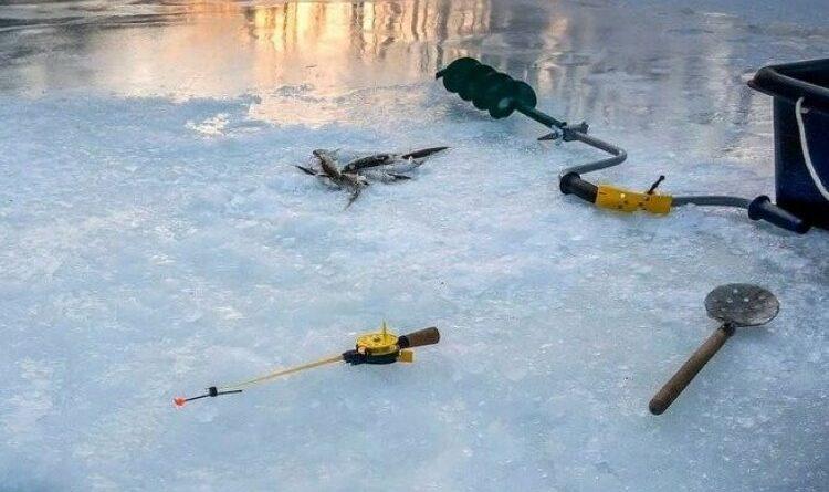 на водоймі зникли два чоловіки
