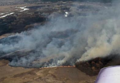 В Андріївці третю добу гасять пожежу біля Сіверського Дінця